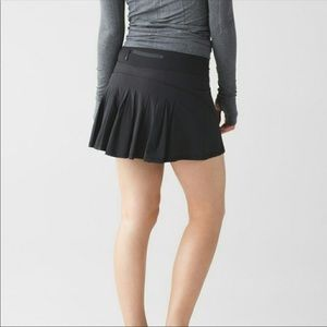 Lululemon | Circuit Setter Pleated Skirt in Black